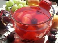 Рецепт компота — ягодно-фруктовый букет лета!