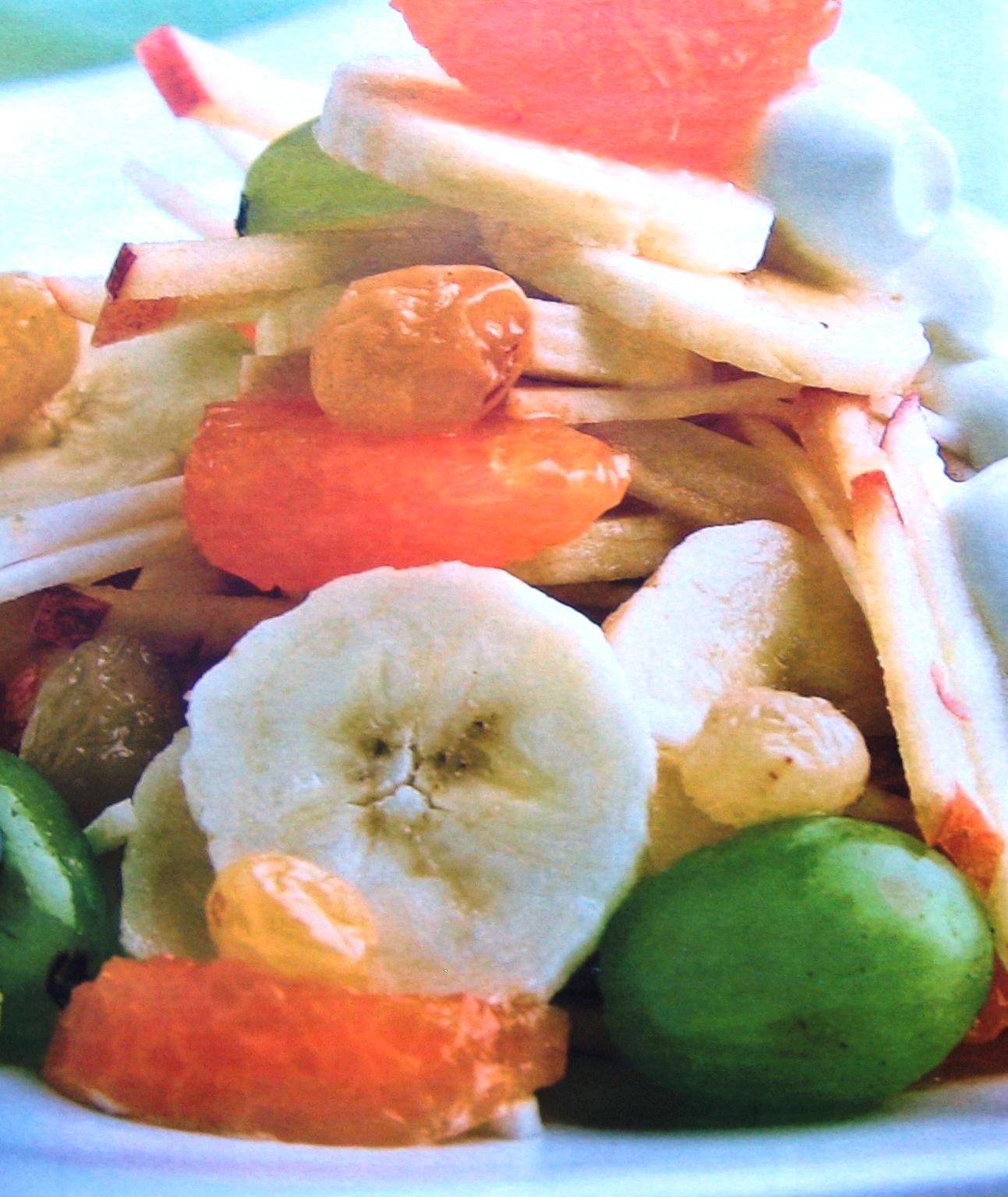 фруктовый_салат_с_йогуртом_и_мандаринами_fruktovyiy_salat_s_yogurtom_i_mandarinami